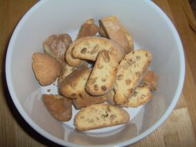 Cantuccini mit Pinienkernen